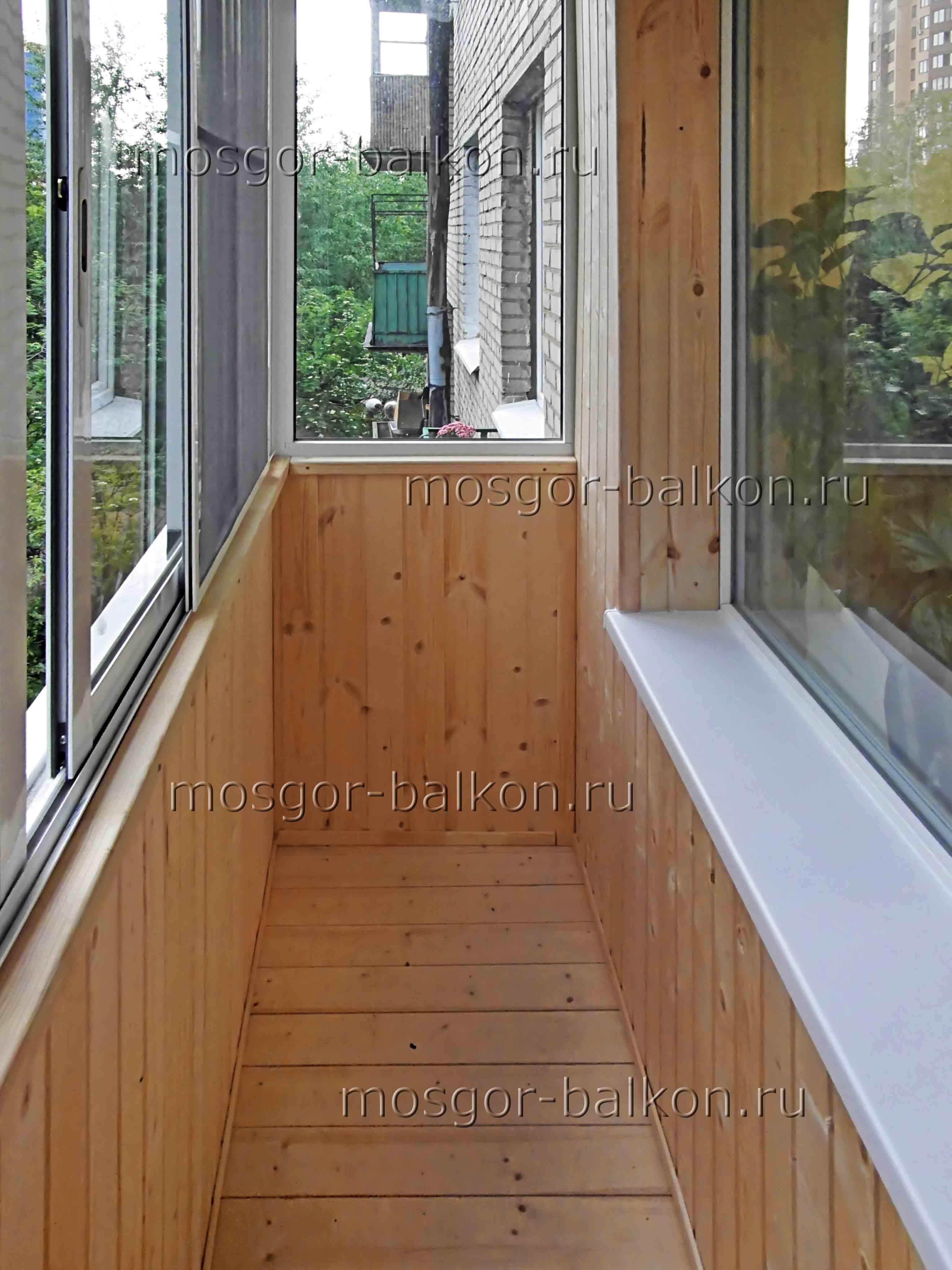 Невысокая цена отделки балкона под ключ. отделка балкона цен.